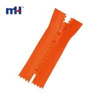 0231-10 #5 plastic zipper